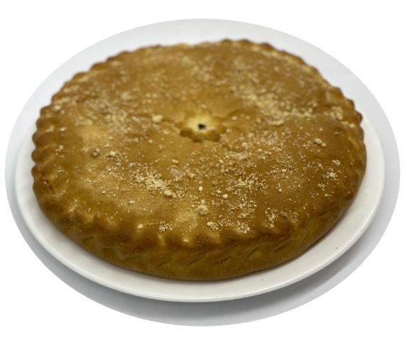 Пирог слоеный с творогом и вишней